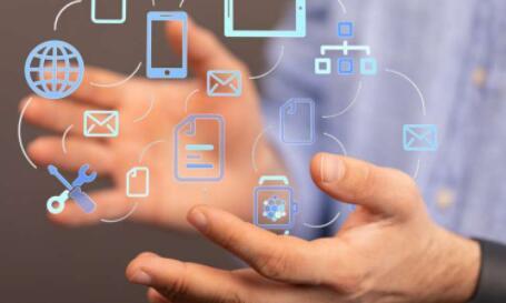 数字化在促进社会可持续发展时应当注意哪些风险和机遇?