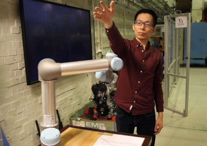 通过提供上下文的系统,机器人可以更加了解人类同事