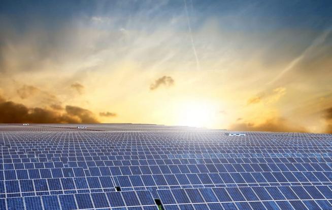 太阳能发电将驱动绿色氢气降低天然气的排放