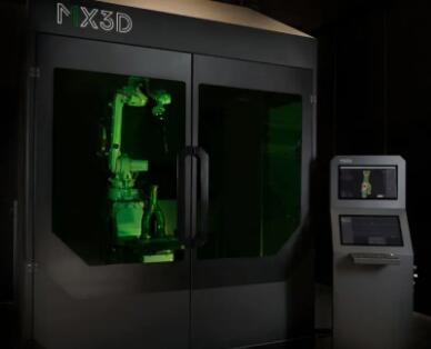 荷兰MX3D公司即将推出机器人3D打印平台,可将焊接机器人变为金属3D打印机