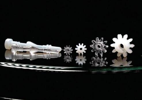 弗莱堡大学开发出注射成型的新型聚合物玻璃复合材料