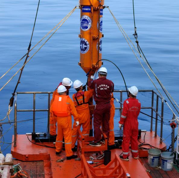 中科院海洋所自主研发深海装备破纪录 达15.83米!