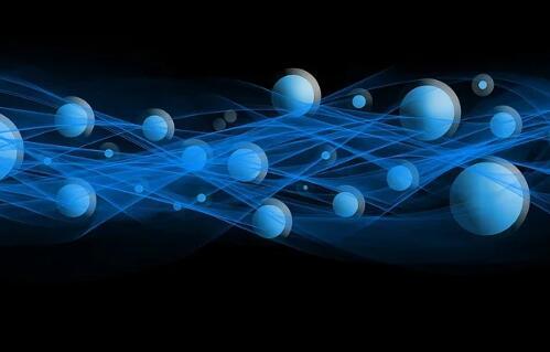 光子组件与超导电子器件相结合,实现可扩展的功能性人工智能认知系统