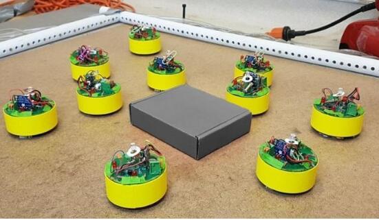 无需传感器,通信等技术,仅利用物理特性就能完成任务的机器人