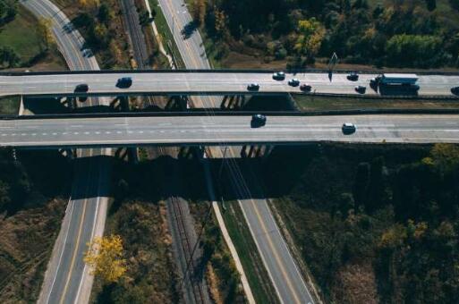 重型车辆氢燃料电池技术有望实现突破 氢能源商用车驶入快车道