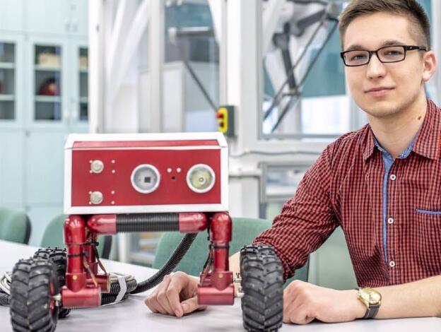 火灾探测机器人,可用于气体泄漏或其他危险环境中