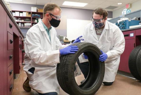 科学家解锁轮胎中独特的化学特征 可帮助追踪逃离犯罪现场的人
