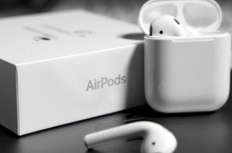 无线耳机竞争激烈化 苹果将削减AirPods产量