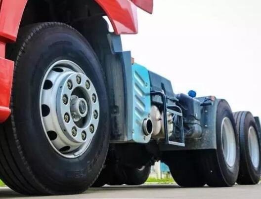 卡车轮胎磨损了如何翻新?记住这五个步骤