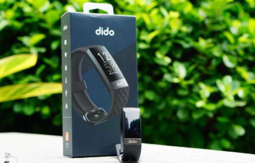 价格贵销量好是有原因的!医疗级生理指标监测神器:dido Y6智能手环