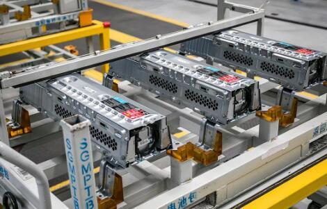 要想在动力电池行业突出重围 有哪些壁垒需要突破?