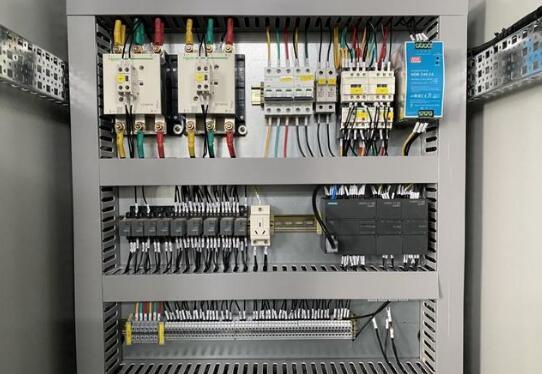 PLC在工业控制和测试与测量中的作用