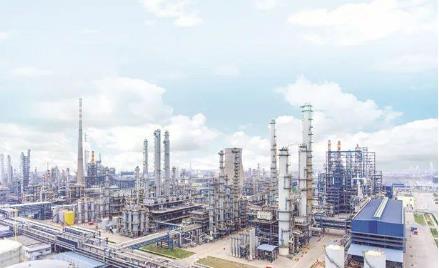天津石油化工產業發布三年行動方案 規模將達2200億元