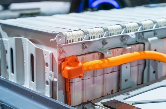 替代锂离子电池的铝离子电池,解决电动汽车续航里程问题