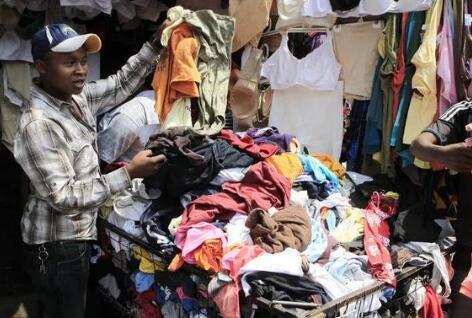 二手服装走俏非洲,看破产广州老板在非洲日挣20万