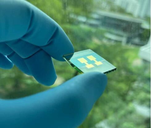 将淬火与槽模涂层技术相结合 太阳能电池转换效率可达18%