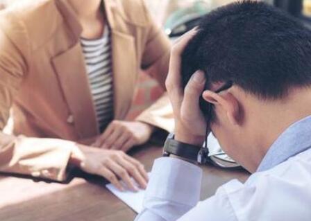 月初离职,公司是否需要缴纳当月社保?