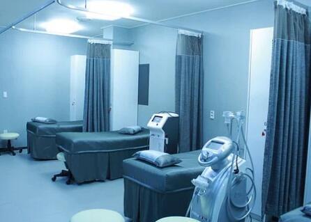 创新手术模拟器,允许集成其他模拟设备