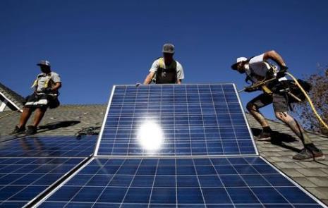 新方法可以大大提高钙钛矿太阳能电池关键掺杂过程的速度和效率