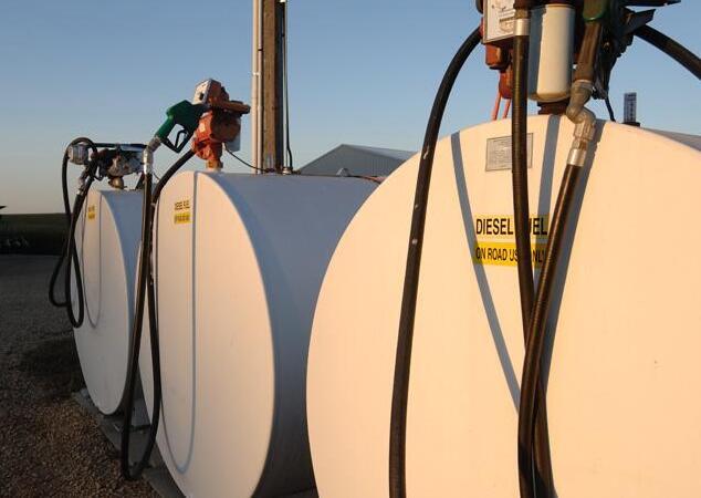 優質柴油可提高動力 如何保證儲油罐的干凈以避免柴油受污染?