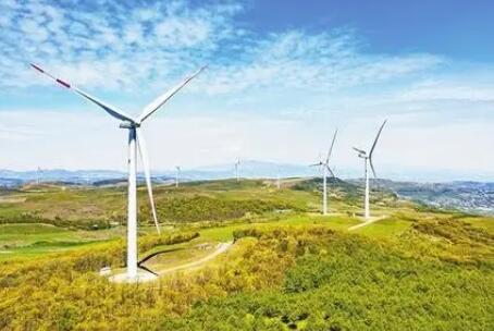 健全绿色贷款激励约束机制,重点加大对清洁能源领域的绿色贷款支持