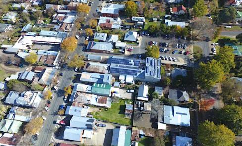 太阳能+电池项目使澳大利亚城镇实现 100% 可再生能源的目标
