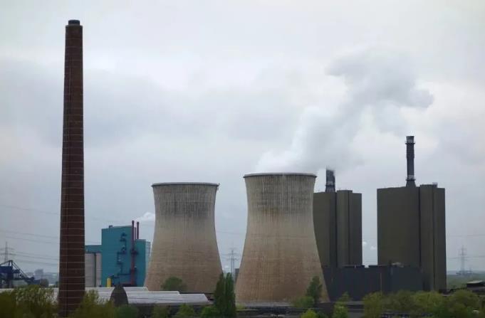 """现代煤化工不负使命担当 助力""""双碳""""目标实现"""