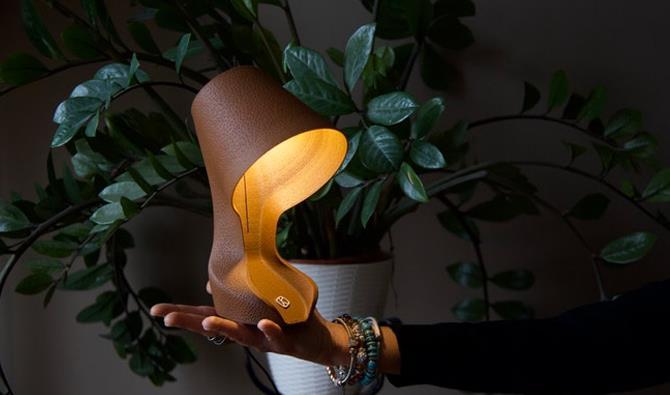 由橙皮制成的 3D 打印灯:制作只需两小时且闻起来像橙子饼干