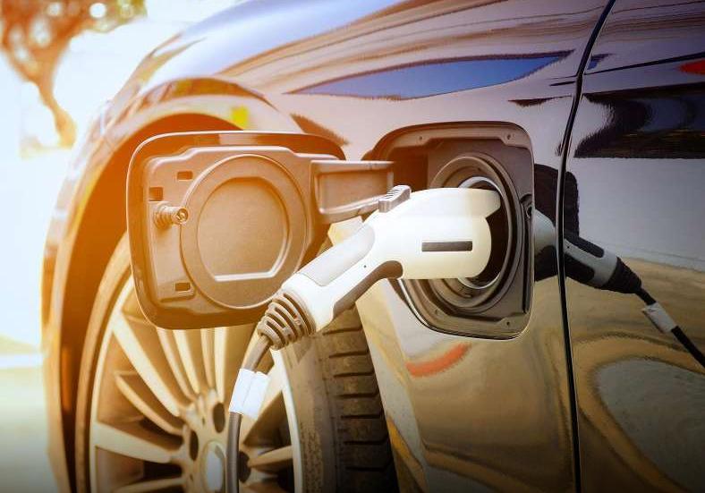 """新的锂金属""""配方""""将电动汽车电池寿命提高到创纪录水平"""
