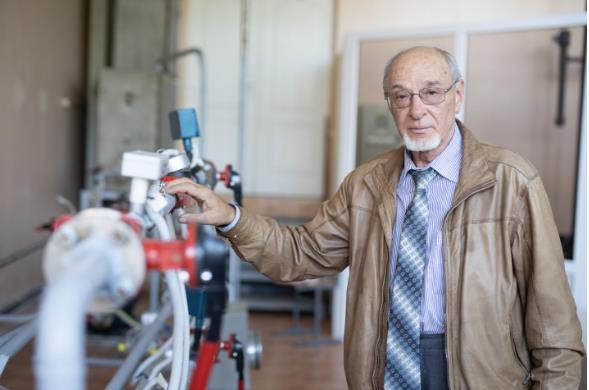 更加经济、安全、环保、节能!科学家提出在电动汽车中使用甲醇发电