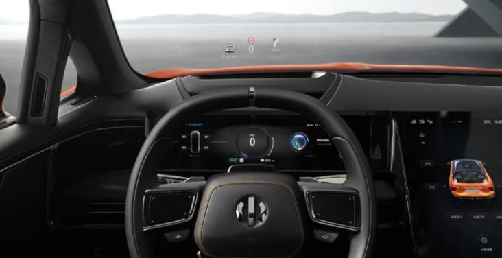 """第一季度車載顯示出貨量同比大幅增長約17.3% 智能座艙""""顯示""""迎新機遇"""