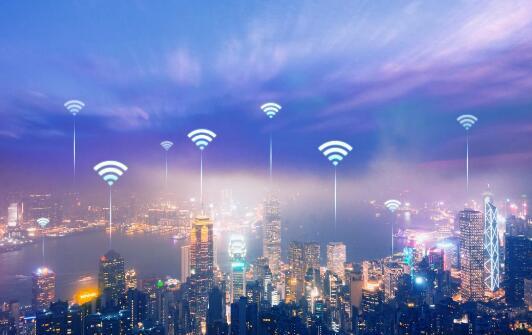"""让手机信号顺利从WiFi切换到流量 揭秘华为AI异构通信技术的三大""""绝招"""""""