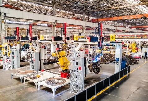 """详解8月工程机械的三个关键词,中场已过,透过""""战报""""看未来格局"""