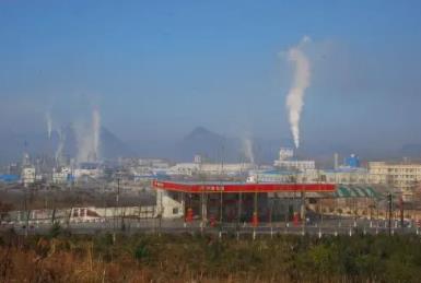 """""""磷锂""""尽致:磷化工企业跑步进场新能源,传统化工迎来高光时刻"""