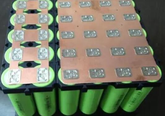 """磷酸鐵鋰反擊,動力電池江湖""""變天"""",磷酸鐵鋰電池未來升級方向可能是這個"""