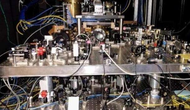 光學晶格鐘:世界上最準確的原子鐘將在 150 億年后只差一秒