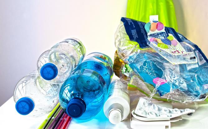 生物降解塑料成新蓝海:LG化学已发力,国内三大新材料企业谁是最靓的仔?