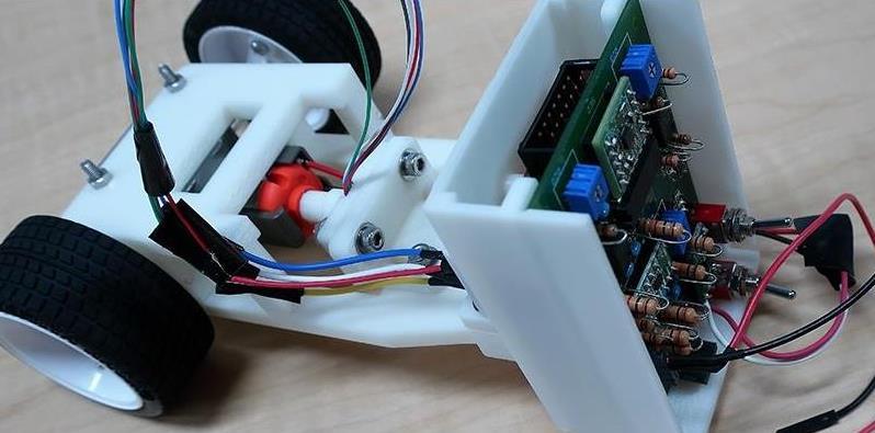 两轮机器人车辆是如何控制平衡的?看看它是怎么做到的