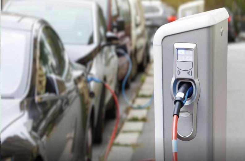 电动汽车销量增长推动全球516亿美元锂离子电池材料市场