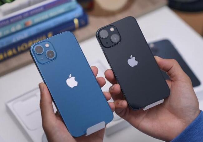 首批售出的iPhone13存在bug 原來每代iPhone手機都不完美